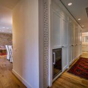 עיצוב חדר ארונות מפואר
